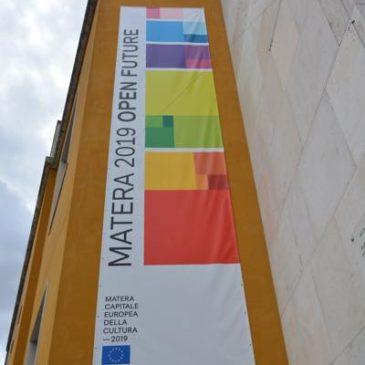 Matera Europa Kulturhauptstadt 2019 mit ihren Felsenwohnungen!